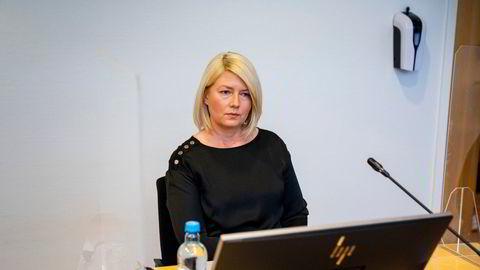 Caroline Borgersen er saksøkt av faren Pål Borgersen. Han vil ha tilbakeført aksjene i familiens selskaper.