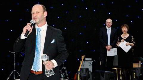 Pål Heine Magnussen (til venstre) var sentral i gamblingselskapet Blue Sky og er nå dømt til å betale en av investorene over seks millioner kroner.