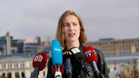 Næringsminister Iselin Nybø forklarer hvor vanskelig hun mener det er å endre ordningen for å hindre at boligspekulanter unødig beriker seg på ordningen, skriver Kari Elisabeth Kaski.