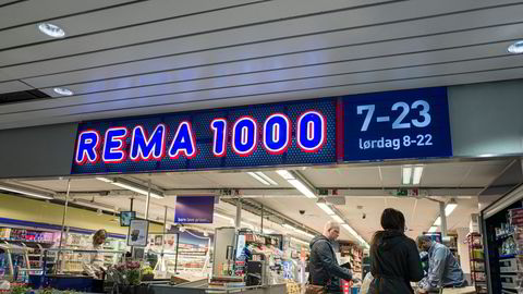 – Rema 1000 Danmark har hatt en fantastisk vekst i mange år, og vi er svært fornøyd med vår posisjon i det danske markedet, sier finansdirektør Kristin Genton i Reitan. På bildet en Rema 1000-butikk i Oslo.
