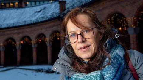 Kokk og regiontillitvalgt Kirsten Versland i Compass Group Norge er blant 288 som har fått opprettholdt oppsigelsesvarselet etter at regjeringen forlenget permitteringsordningen.