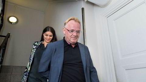 Per Sandberg, her fotografert med kjæresten Bahareh Letnes-