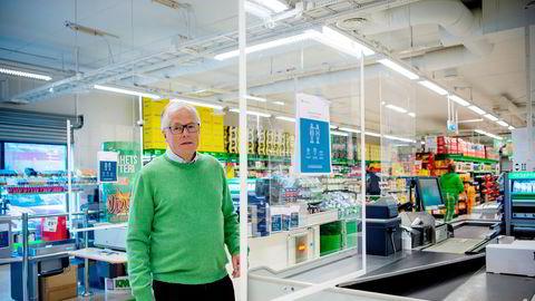 Kiwi har hatt en skyhøy vekst på 15 prosent de siste ukene. Nå vil Kiwi-sjef Jan Paul Bjørkøy gi noe tilbake og kutter prisene på 200 varer.