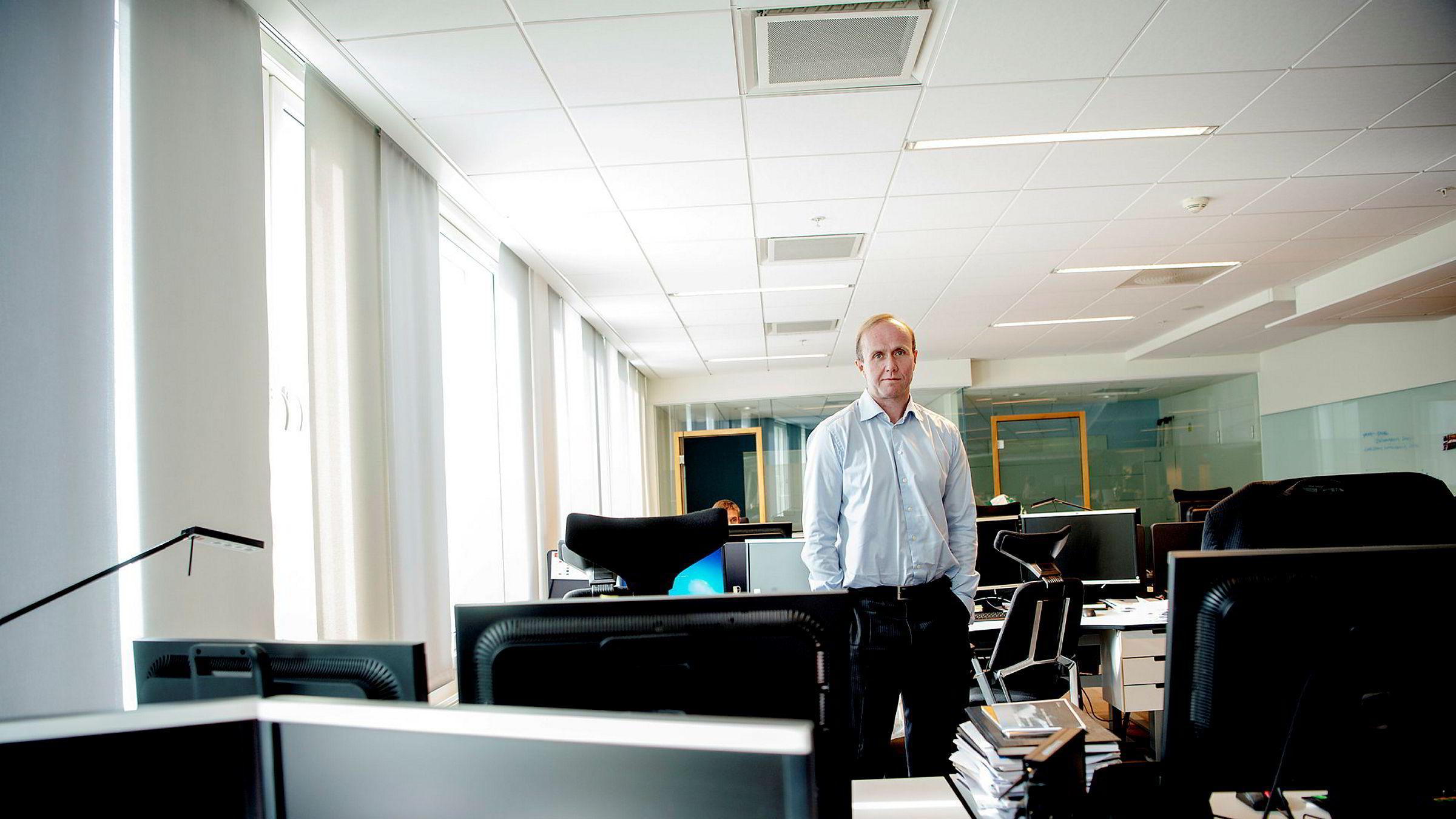 – Aldri før har kartellet (Opec, red.anm.) skrudd opp når det har vært fallende etterspørsel, sier forvalter Hans Thrane Nielsen i Storebrand.