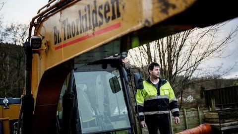 – Vi blir presset til å organisere oss for å få lov til å arbeide på større anleggsprosjekter, sier daglig leder Knut Thorkildsen i maskinentreprenørselskapet Br. Thorkildsen.
