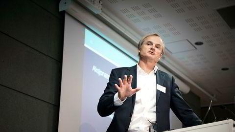 Investor Øystein Stray Spetalen eier 65 prosent av aksjene i Saga Tankers ifølge aksjonærlistene, som nå bytter navn til Saga Pure.