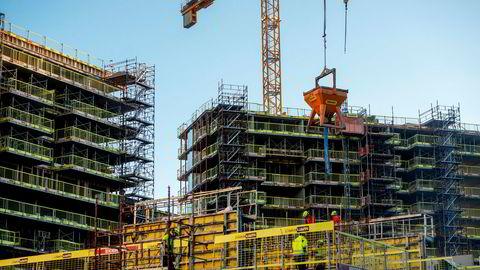 Det er større etterspørsel etter boliger i Oslo enn det som tilbys og utviklingen går i gal retning, skriver Eiendom Norge