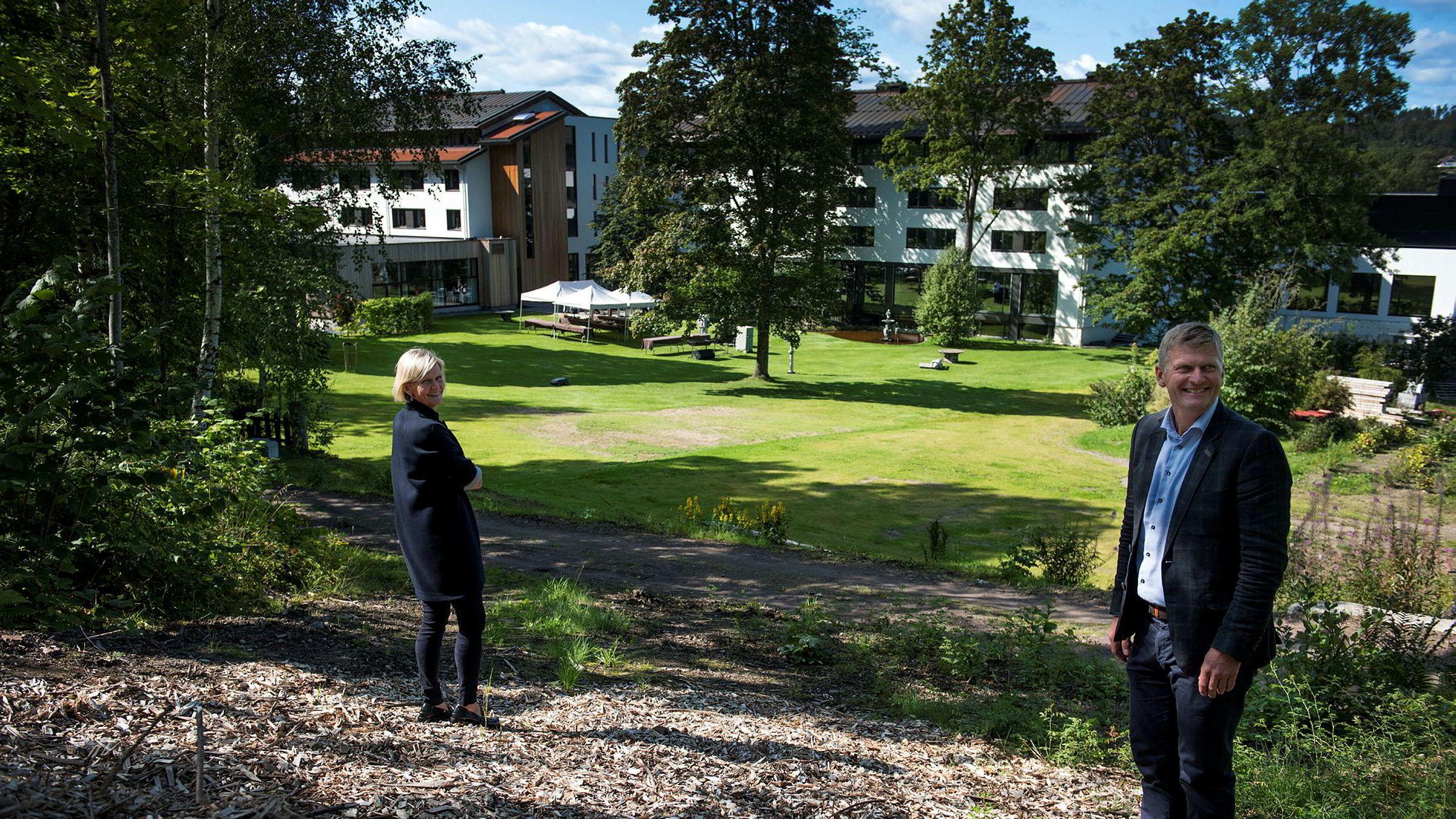 Cecilie og Tord Laeskogen har på få år investert en kvart milliard i familiehotellet på Sundvolden ved Tyrifjorden. Nå står nye 70 millioner i nye rom for tur.