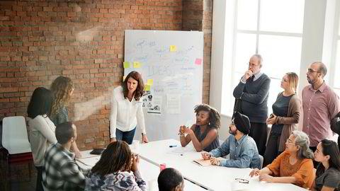 En viktig jobb for deg som leder er å gjøre rammebetingelsene for de ansatte så gode som mulig slik at alle kan konsentrere seg som å gjøre det de er ansatt for, skriver artikkelforfatteren.