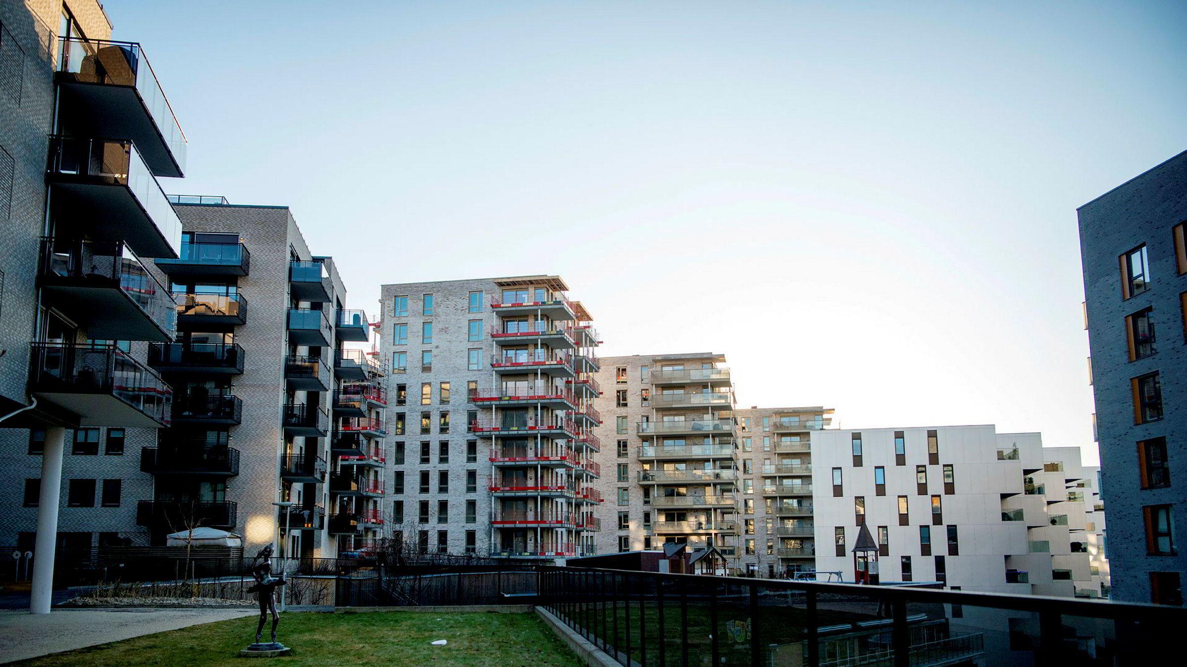 Handelsbanken Capital Markets anslår at boligprisene steg med om lag 2,6 prosent i 2019, regnet som årsgjennomsnitt. Fasiten kommer mandag klokken 11.