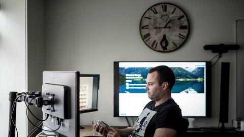 Ole-André Torjussen er eier av Bitcoins Norge as. Her er fotografert på kontoret i Stavanger sentrum.