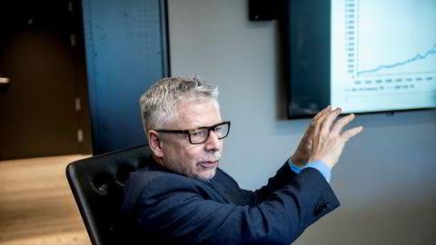 Erik Bruce, sjefanalytiker i Nordea Wealth Management, mener stadig flere koronasmittede i USA har vært med på å gjøre markedene urolige for nye smittebølger.