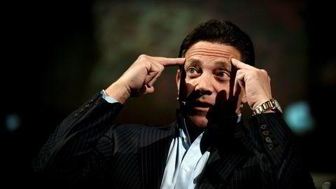 Jordan Belfort har lagt svindlerkarrieren bak seg, og holder nå motivasjonsforedrag. Her avbildet under et slikt foredrag på Colosseum kino i 2017.