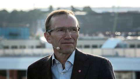 Ap-politiker Espen Barth Eide skal lede Stortingets høring om Equinors utenlandsinvesteringer i USA.
