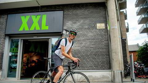 Jacob von der Lippe har handlet sykkelutstyr på XXL Majorstuen, hvor etterspørselen har vært stor under koronakrisen.