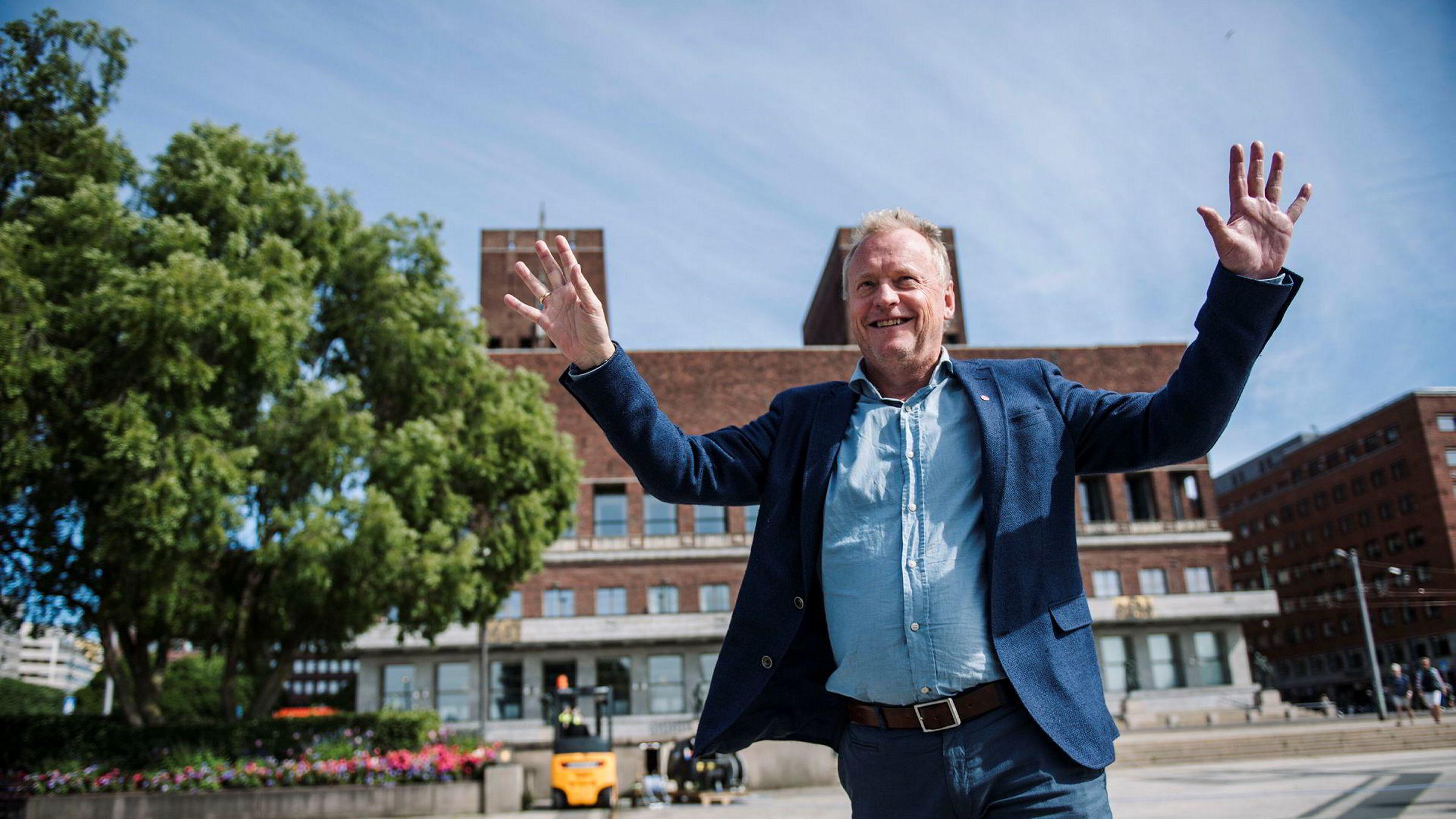 Oslo har ansatt mange nye personer i kommunen som jobber med kommunikasjon. Samtidig brukes det nesten 200 millioner på ekstern kommunikasjon.