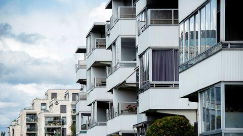 Obos satte salgsrekord for juli med 213 solgte nyboliger. Her er gamle og nye Obos-leiligheter avbildet på Lambertseter.