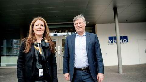 Partner og regionleder Trine Sæther Romuld i KPMG Sørvest og partner og administrerende direktør Arne Frogner i KPMG Norge tror operativ erfaring er viktig for å få flere kvinner i lederroller og som styreledere.