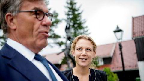 Stein Erik Hagen og datter Caroline Hagen Kjos, som er bosatt i Sveits.