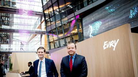 Evry-sjef Bjørn Ivroth (høyre) med finansdirektør Henrik Schibler.