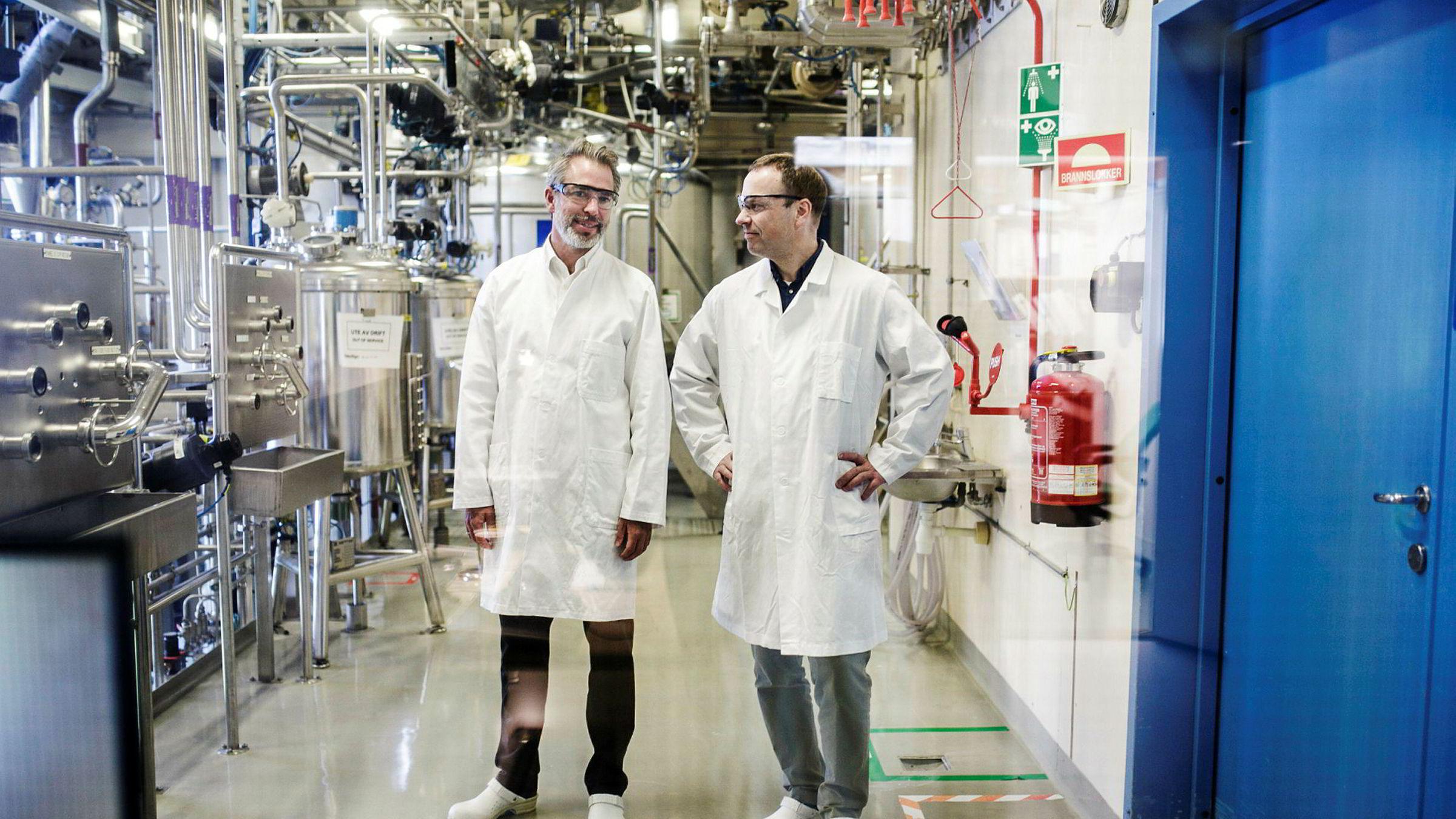 Administrerende direktør Ole Jesper Dahlberg (til venstre) og forskningsdirektør Erlend Ragnhildstveit hos Life Technologies leverer eventyrlige marginer og nytt medisinsk gjennombrudd.