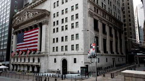 Dyster stemning mandag på Wall Street og på New York-børsen (Nyse).