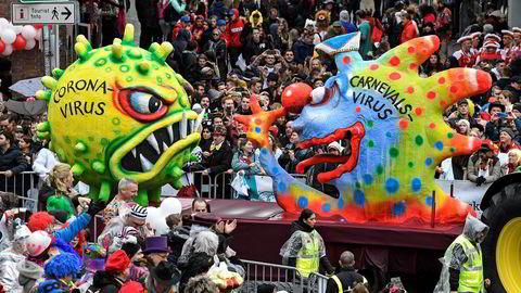 DN vil gjerne snakke med deg som har et selskap som har støtt på problemer som følge av koronaviruset. Her fra virusets opptreden på karneval i Düsseldorf i Tyskland.