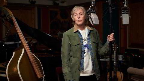 Paul McCartney hjemme i Sussex. Denne uken dukker Macca også opp på Ringo Starrs nye låt «Here's to the Nights», en forsmak på ep-en «Zoom-In».