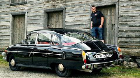 Mitt kjøretøy med Ole-Jakob Nilsen og hans Tatra 603.