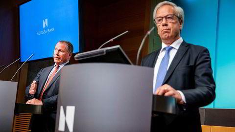 Sentralbanksjef Øystein Olsen (høyre) må til Stortinget for å forklare seg om ansettelsesprosessen av påtroppende oljefondsjef Nicolai Tangen (venstre). Tirsdag publiserte banken den fullstendige avtalen mellom Tangen og banken.