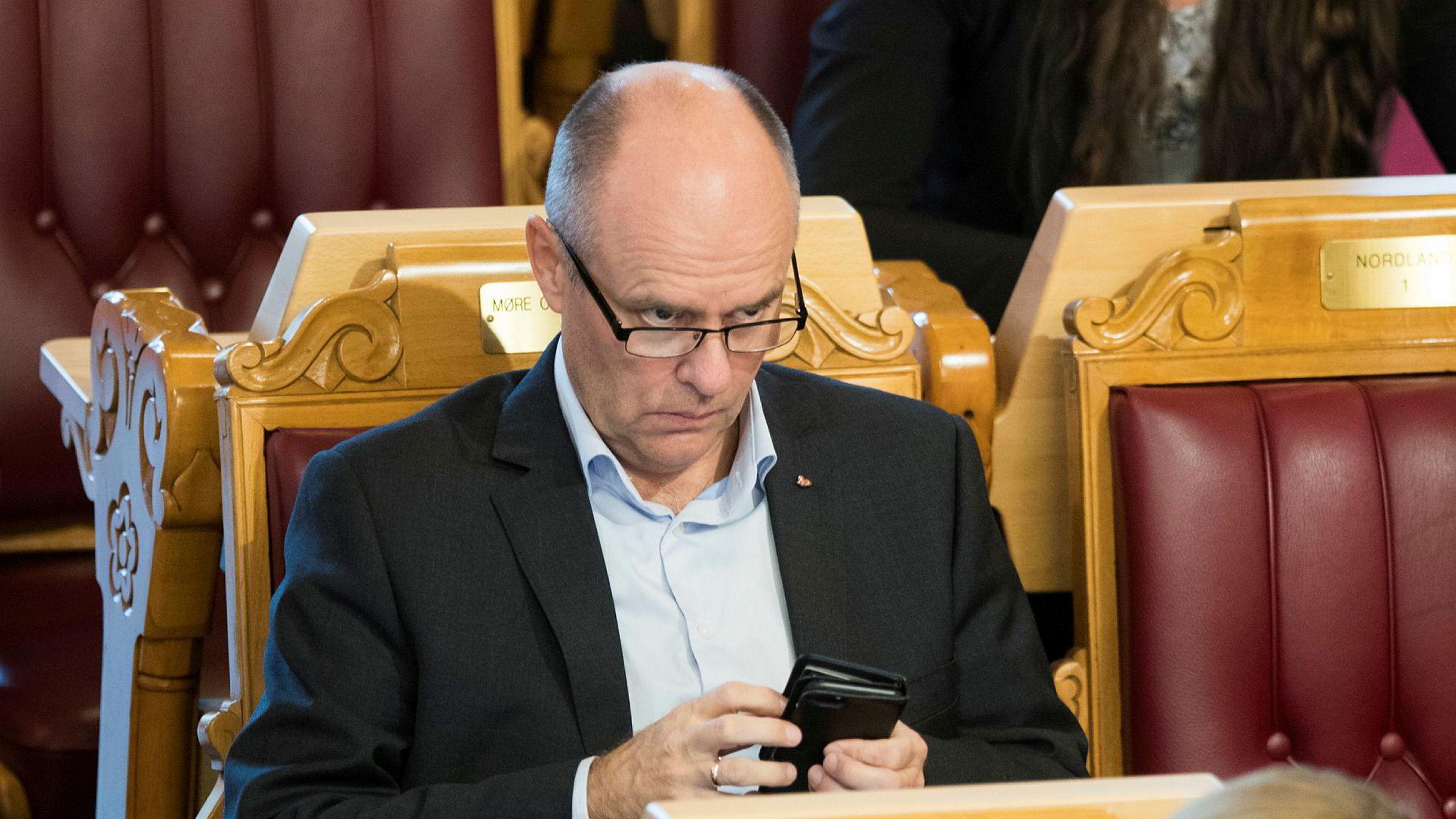 Steinar Reiten, næringspolitisk talsperson i KrF understreker at han foreløpig ikke har forankret tankene om turistskatt hos resten av stortingsgruppen i partiet.
