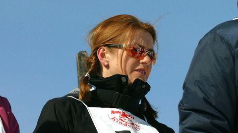 Styreleder Monica Staff er fornøyd med utviklingen i Resett. Her i skibakken i Kitzbühel i forbindelse med Orkla Enskildas årlige tur med investorer