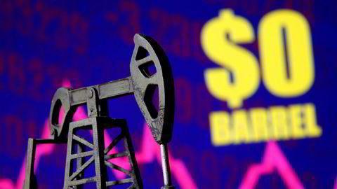 Goldman Sachs spår en ny krasj i oljemarkedet om noen uker, med priser ned mot null igjen.