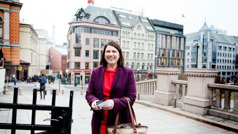 Heidi Nordby Lunde (H) synes det er merkelig at 58-åringer sies å ha «gått ut på dato».