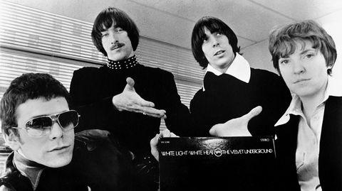 Lou Reed (fra venstre), Sterling Morrison, John Cale og Maureen «Moe» Tucker fra The Velvet Underground ved lanseringen av det sjokkerende annetalbumet «White Light/White Heat». Nesten ingen kjøpte det.