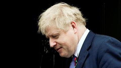 Statsminister Boris Johnson vil se på detaljene i EUs tilbud før han tar stilling til det.