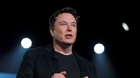 Tesla-sjef Elon Musk må forklare seg i et sivilt søksmål i retten tirsdag. Rettssaken er forventet å vare frem til fredag. Foto: AP / NTB Scanpix