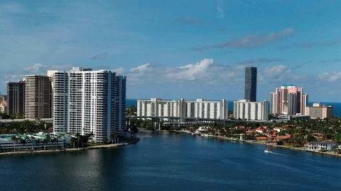 Illustrasjonsbilde. En person selger en leilighet i Miami og tar kun imot bitcoin som betaling.