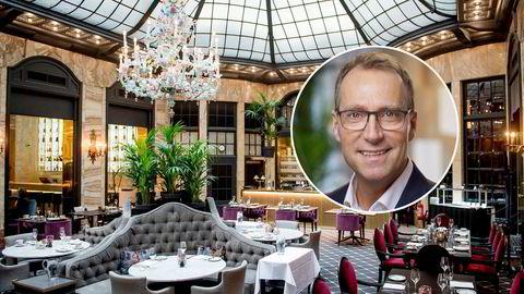 Konsernsjef Jens Mathiesen i Scandic (innfelt) legger nå press på hotelleierne og holder tilbake leie. Her interiør fra Palmen restaurant på Grand Hotel i Oslo.