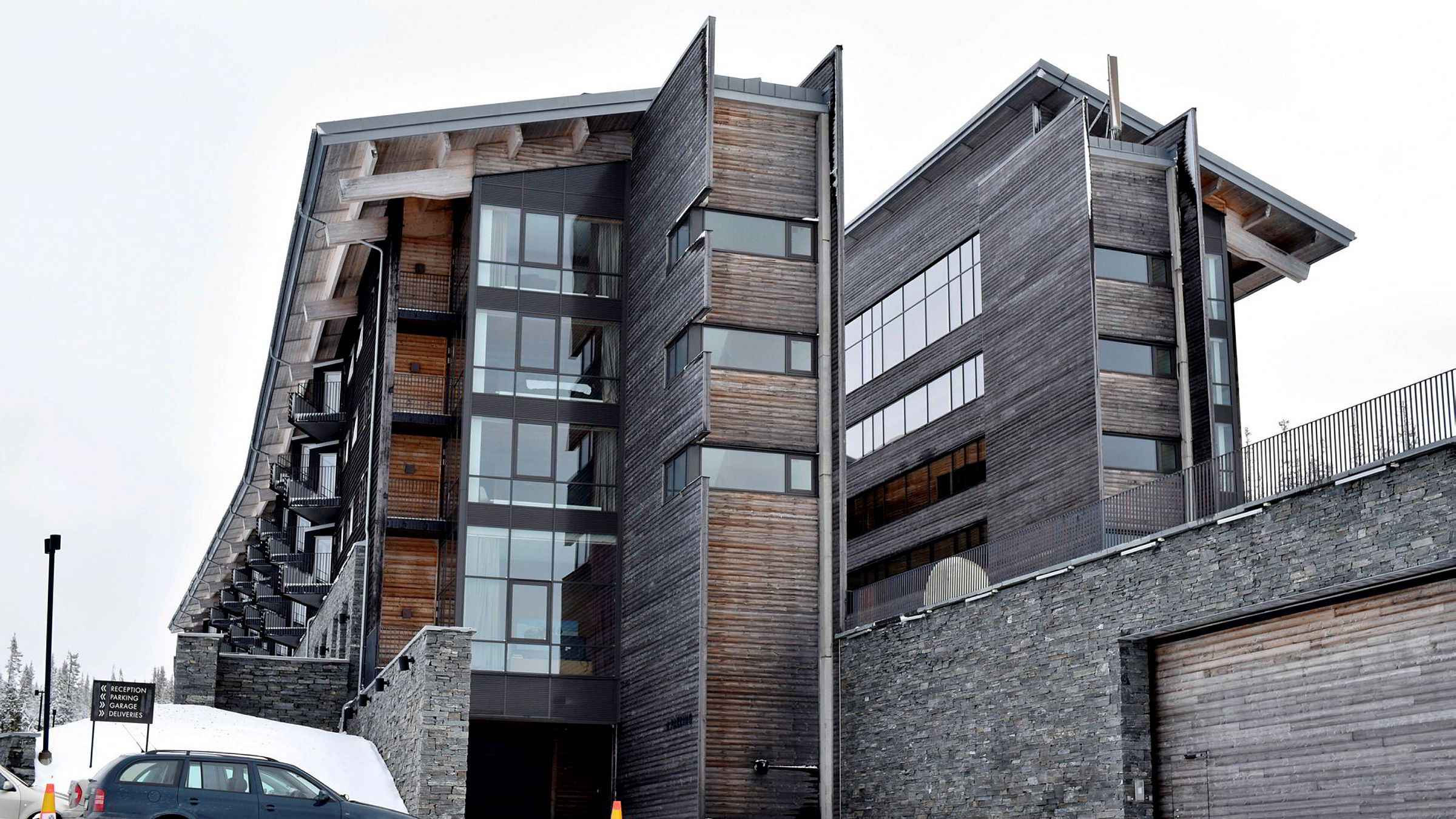 To og en halv time i bil fra Trondheim, på toppen av Åre Björnen-området i det svenske skieldoradoet, ligger Copperhill Mountain Lodge.