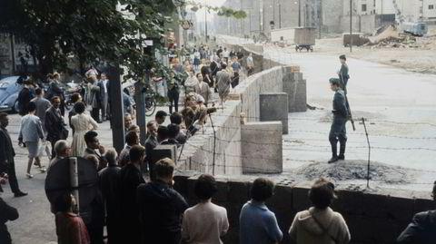 Verdensberømt. Berlinmuren er vår tids ubestridt mest kjente mur. I sin nye bok, «Walls», forteller historikeren David Frye også om utallige andre murer – bygget både mange århundrer før og noen tiår etter den tyske muren.