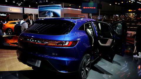 Seres SF5 skal konkurrere mot bestselgere som Jaguar I-Pace, Audi E-tron og Mercedes EQC som straks skal lanseres. Her er bilen under bilutstillingen i Shanghai våren 2019.