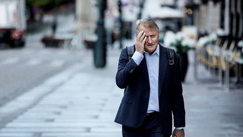 Rune Bjerke, administrerende direktør i DNB, møter 180 000 kunder i retten i november.