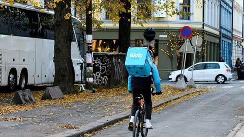 Sykkelbudtjenesten Wolt får kritikk for sin behandling av frilansere.
