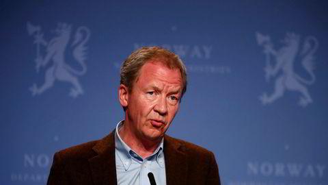Administrerende direktør i Finans Norge, Idar Kreutzer, trekker seg fra vervet som medlem av representantskapet i herreklubben Norske Selskab og melder seg ut av foreningen.