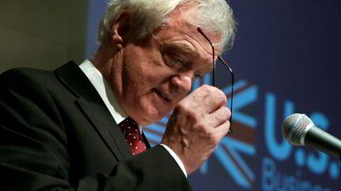 Storbritannias brexit-minister David Davis vurderer en modell som likner det norske forholdet til EU.