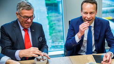 Matvarebutikkene har hatt stor pågang under koronakrisen. Styreleder og hovedaksjonær Stein Erik Hagen og konsernsjef Jaan Ivar Semlitsch har derfor opplevd en sterk utvikling i Orkla.