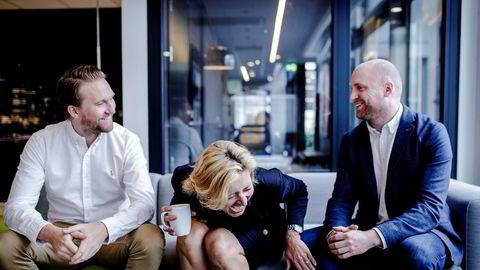 Digitaldirektør Thomas Johansen, daglig leder Marie-Louise Alvær og direktør for video og audio Marius Ramdahl i PHD Norge kan smile for et godt regnskapsår for mediebyrået. Mediedirektør Bjørn Sæbø var ikke tilstede da bildet ble tatt.
