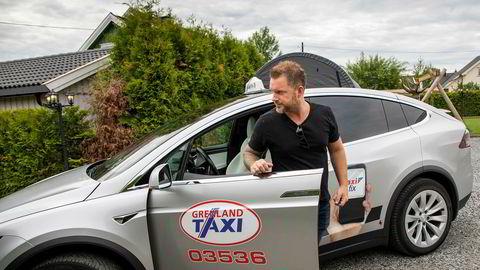 Kristian Henrik Svindal har inngått avtale med Tesla Norge om at bilprodusenten kjøper tilbake Svindals Tesla Model X, etter flere runder i rettsapparatet.
