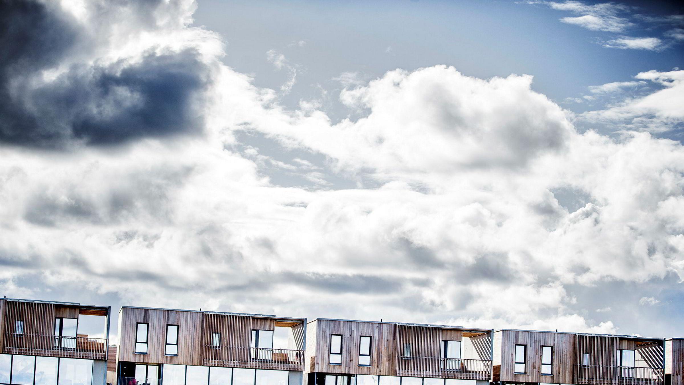 Antallet usolgte boliger synker. Illustrasjonsbilde fra nyboligprosjekt på Grillstad Marina i Trondheim.